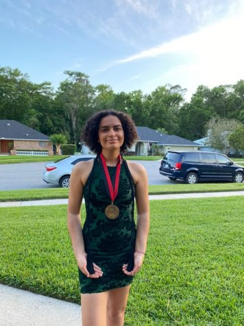 Q & A with the 2021 Valedictorian Meera Kochhar